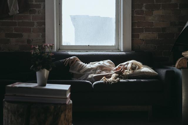 Perché dormire bene ci rende più belle